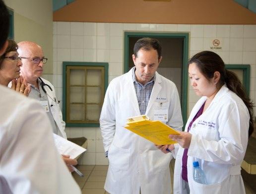 Dr. Schlussel & Dr. Wang consulting in clinic